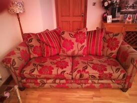 Large Fitzroy designer 3 piece suite in immaculate condition.