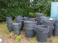HEAVY DUTY CONTAINER POTS TO CLEAR 25LT-240LT 170 POTS AVAILABLE JOB LOT TO CLEAR MOSTLY NEW