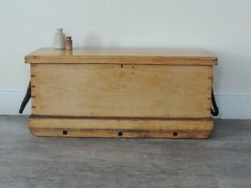 Stunning Stripped Old Pine Sailors Chest / Blanket Box - Leather Handles **Rare !!**