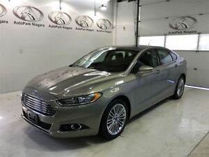 2016 Ford Fusion SE/ AWD/ LEATHER/ SUNROOF/ NAVIGATION
