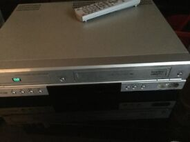 Samsung DVD combination video player with remote control good working order.