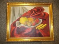 Picture Fruit, Gold coloured frame