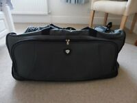 Holdall on wheels