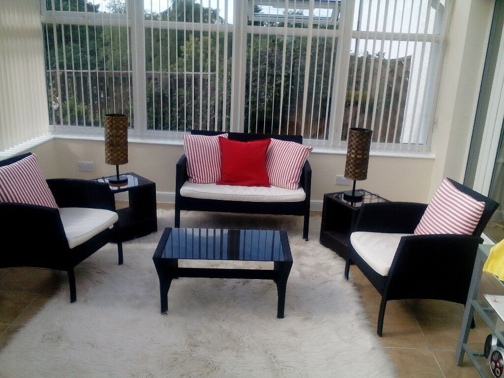 Conservatory Furniture Sofa Chairs Coffee Table Side Tables - Coffee table with 4 chairs
