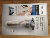 **BRAND NEW & SEALED** Philips Series 7000 Wet & Dry Electric Shaver S7510/41