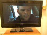 "Philips 32"" hd tv with freeview"