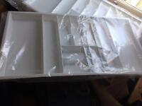 Plastic cutlery trays (white) 1m long x 47.25cm wide