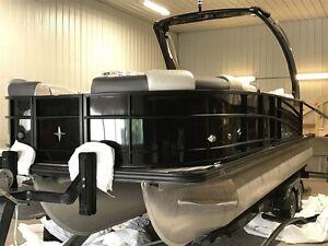 2017 berkshire pontoons 23RFX STS ARCH  HIGH END TOON