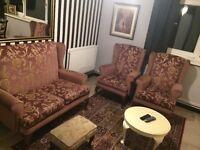 Good quality sofa set