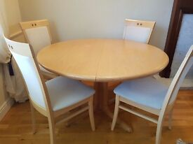 Skovby Extending Dining Table and Chairs