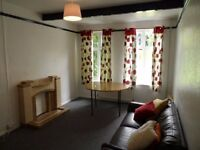 A 4 bedroom house to let in Cowley, Oxford. 3 Month Short Let