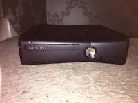 Black Xbox 360 4GB Comes with GTA 5