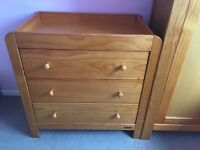 Mamas & Papas bedroom furniture inc. cot/cotbed, 3 drawer unit with changing table, & wardrobe