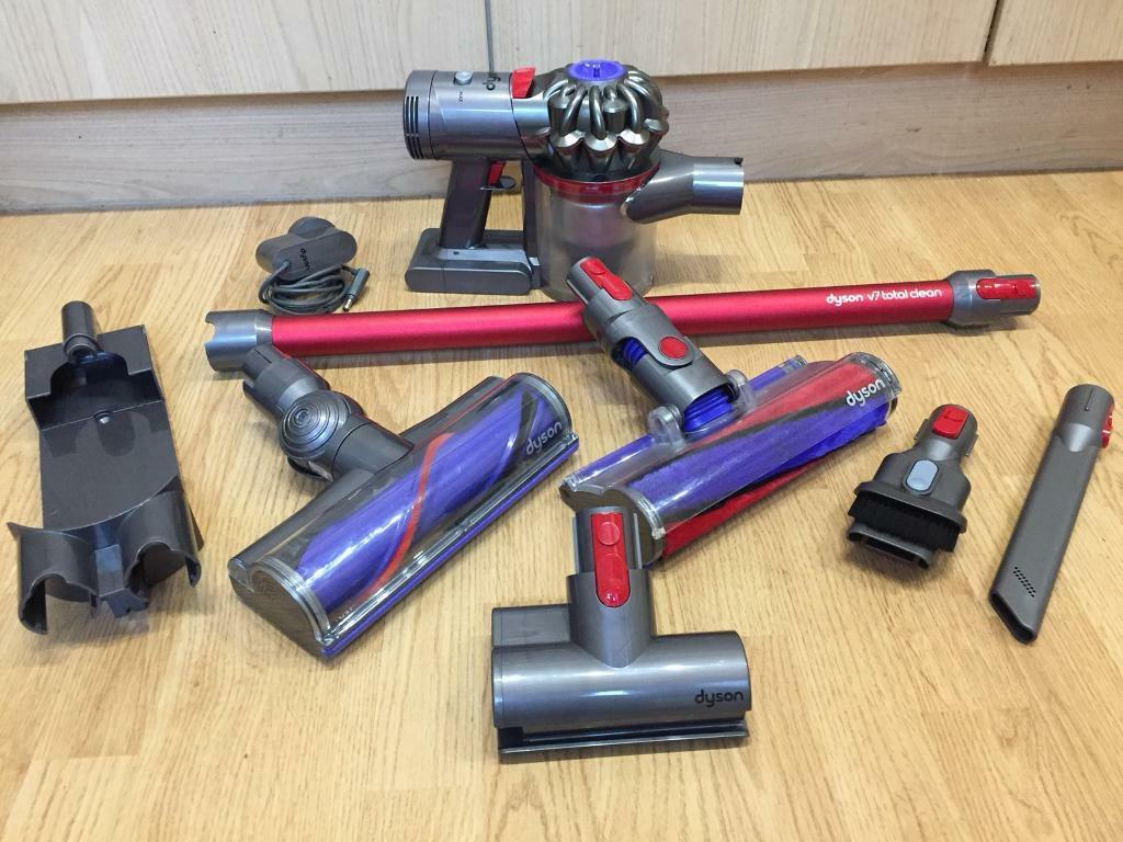 Dyson V7 Total Clean Hoover L K In Wakefield West Yorkshire Gumtree