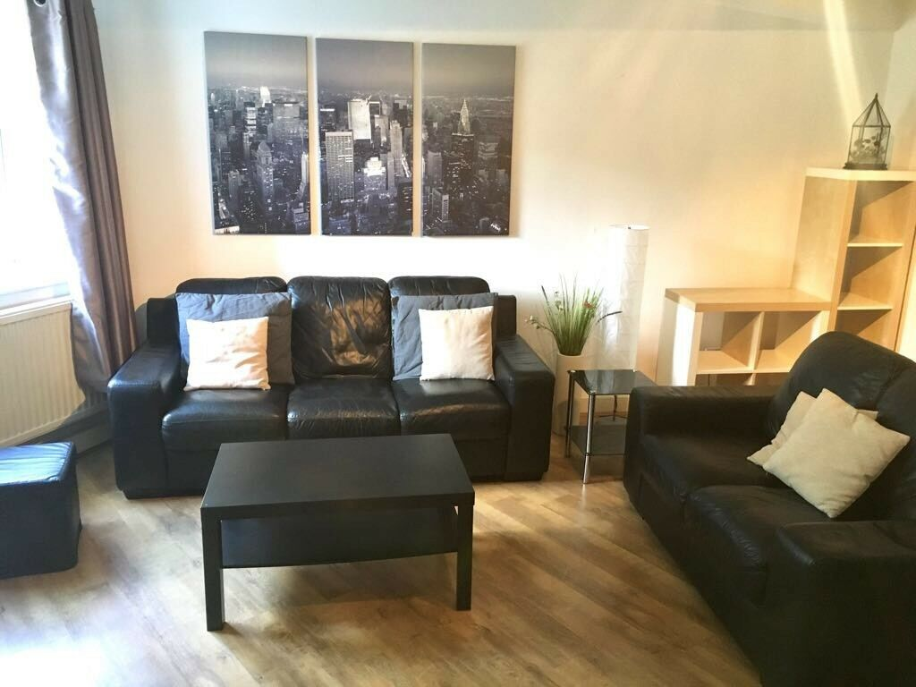 1 Bed Fully Furnished Flat Let Agreed Stc Salford Quays