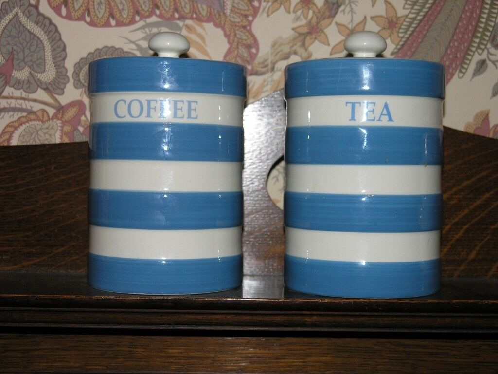 Blue And White Traditional Hooped Tea And Coffee