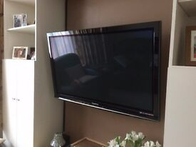 Panasonic plasma freeview 48 inch wall mounted television