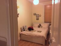 Double Room in Chiswick All inc. Bills, Cleaner