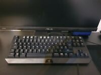 RAZER BLACKWIDOW TOURNAMENT EDITION KEYBOARD - MINT CONDITION