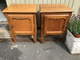 Beautiful Pair of Vintage french Style bedside table
