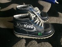 Kickers only been worn a couple a times