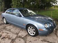 JAGUAR S-TYPE 2.5 V6 SE 4d AUTO 201 BHP (blue) 2004
