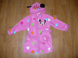 Disney Store Minnie Mouse dressing gown/robe for girl 2-3 years, in very good condition.