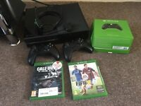 Xbox one 500gb for sale £170 with one controller, fifa 15 and call of duty infinite warfare
