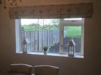Vantage 'Pheasants' mock Roman blinds x 2