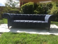 Georgeous Chesterfield style Buttoned Sofa
