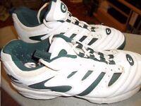 Arrow Cricket Shoes Size 10