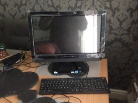 LENOVO C320 - touchscreen all in one pc - MINT!