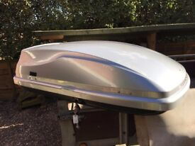 Genuine BMW Roof Box in very good condition!