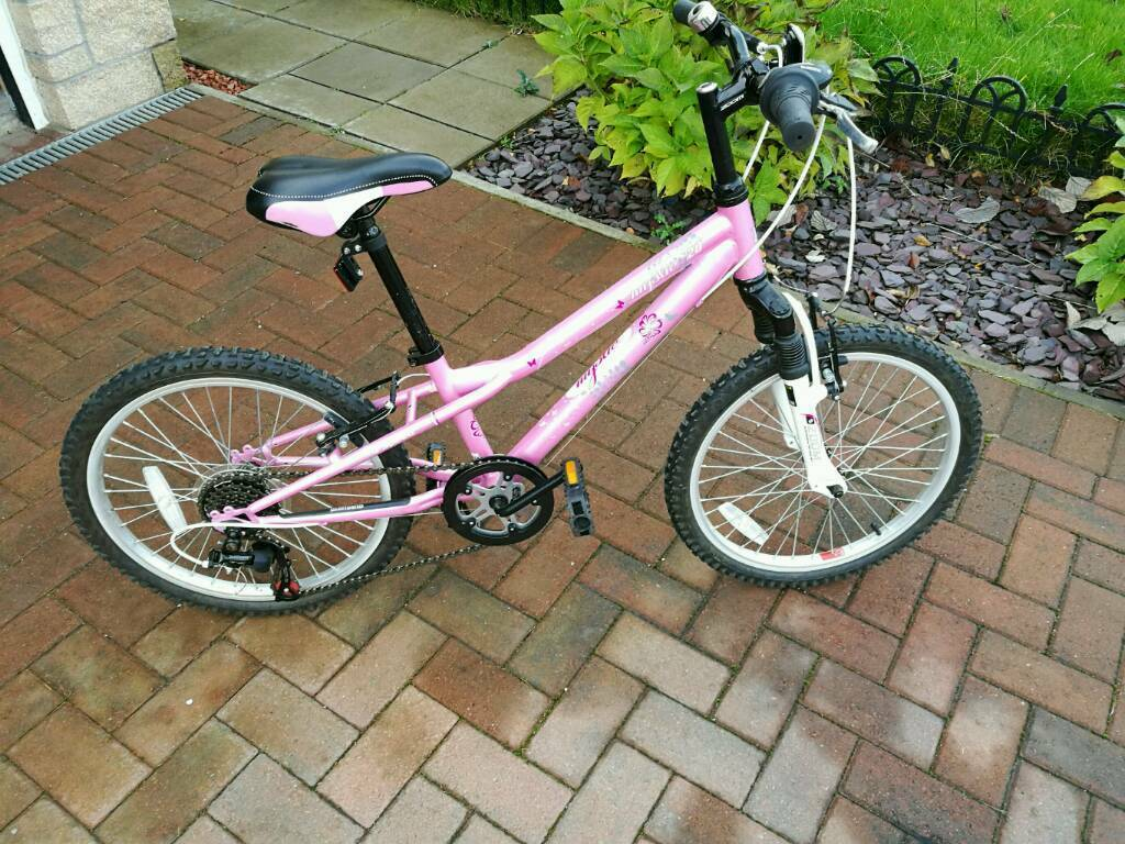 Girls 6 speed 20 inch mountain bike
