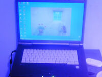 fujitsu laptop 100gb hdd/2gram/1.87cpu wifi dvd player in gwo