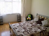 ALL BILLS INCLUSIVE - DOUBLE ROOM AVAILABLE IN WINCHMORE HILL, N21 - SORRY NO DSS
