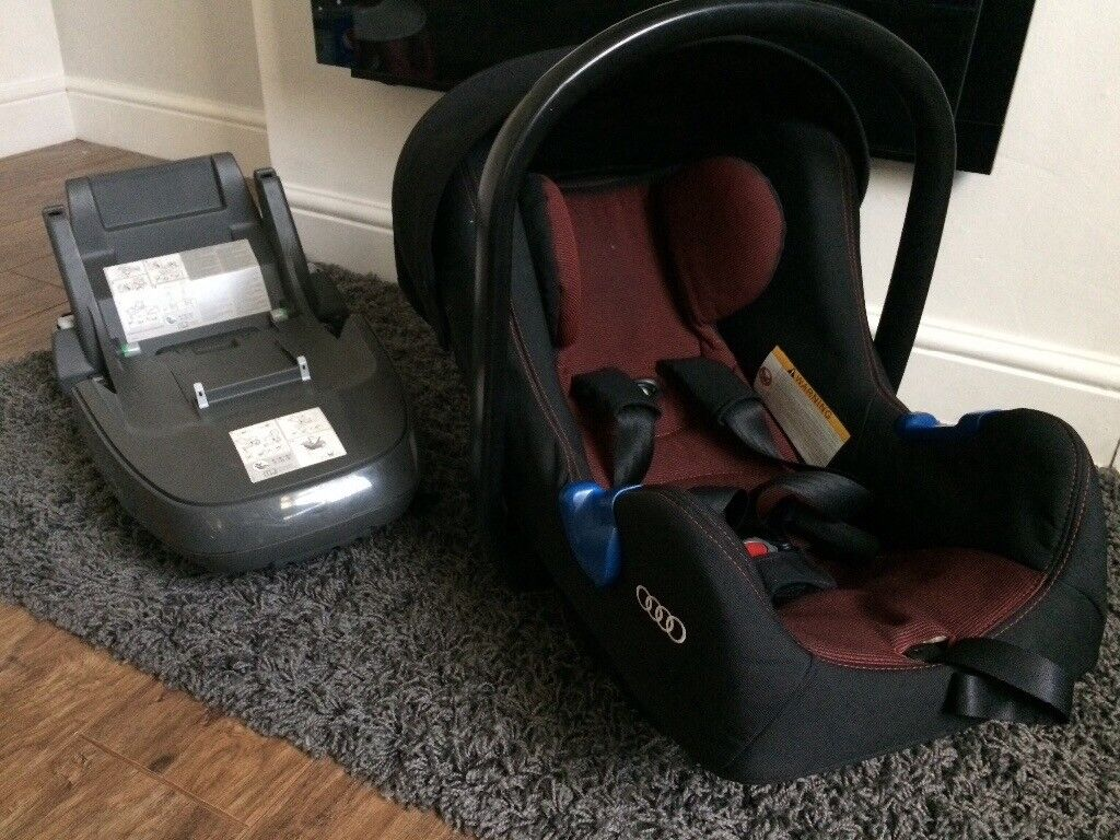 Official Audi Baby Car Seat And Isofix Base In Nottingham