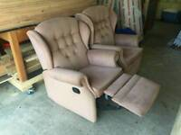 Recliner chairs free for uplift.