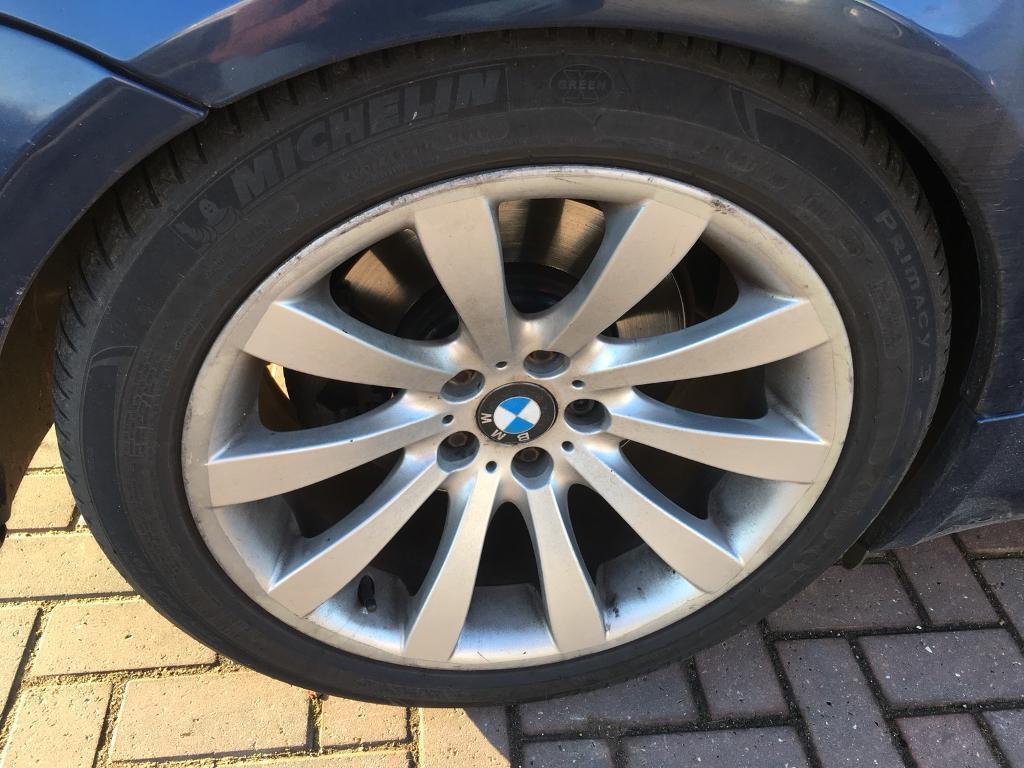 4 x bmw 19 genuine alloy wheels with michelin run flat. Black Bedroom Furniture Sets. Home Design Ideas