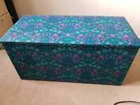 Ottoman chabby chic floral