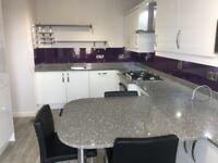 3 bedroom unfurnished modern property in Roseburn