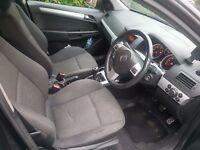 BLACK Vauxhall ASTRA 1.7 SXI