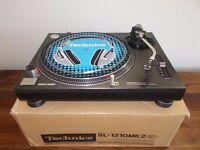 Technics 1210 mk2 Direct Drive Turntable