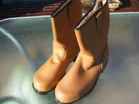 Rigger boots size 9 brand new