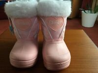 Gorgeous Pink SKECHERS Boots Size 9 NEW with Tags still attached
