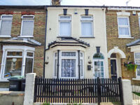 SOLD STC - STANBROOK ROAD, NORTHFLEET - DELIGHTFULLY PRESENTED 3 BED TERRACE HOUSE
