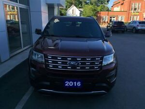 2016 Ford Explorer Limited London Ontario image 8