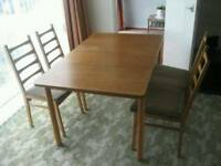 Really good Dinning table