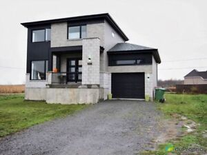 270 000$ - Maison 2 étages à vendre à St-Lin-Laurentides