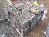 250 Redland 49 Roof tiles